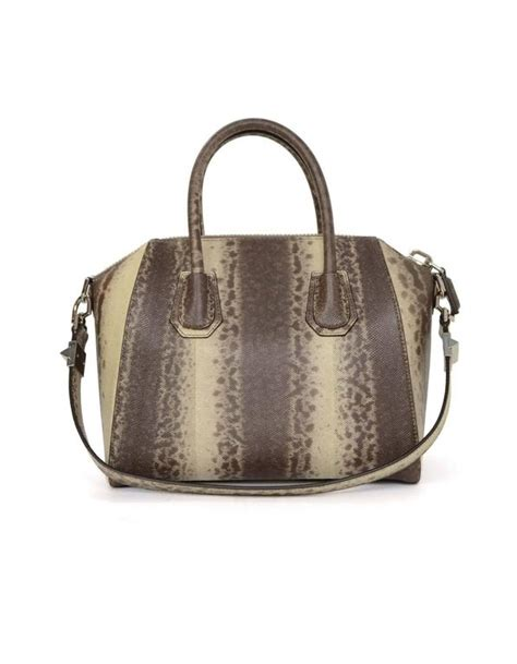 Givenchy Antigona Ostrich 1518 4 In1 givenchy karung snakeskin beige ombre small antigona bag shw for sale at 1stdibs