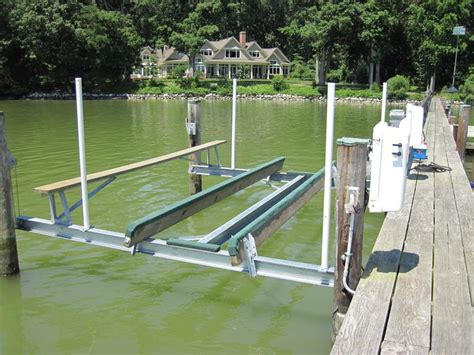 boat lift guides photo gallery