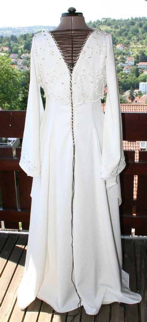 Fã R Hochzeitskleid by Brautkleider Mit 195 194 164 Rmeln F 195 194 188 R Den Eleganten Und