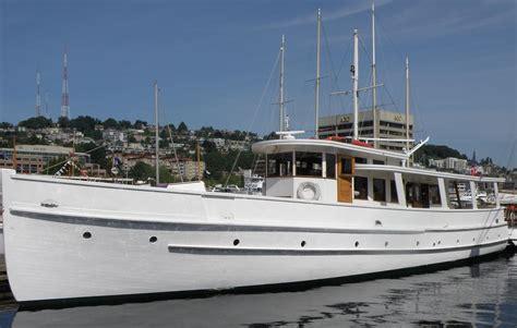 john wayne s boat film legend john wayne s first yacht turned into floating
