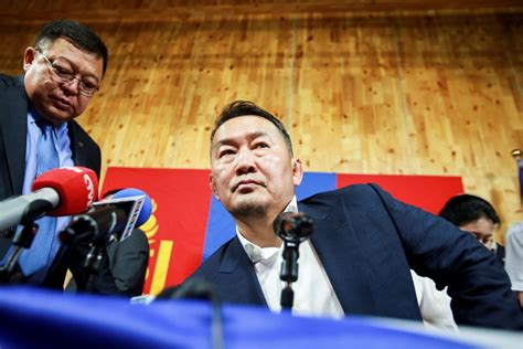 mongolia president may go on hunger strike to protest parliament bloomberg