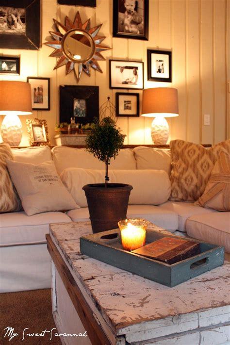 cozy cheap table  wall  sofa