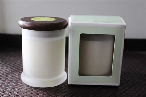 pure soy wax candle infused with pure essential oils in