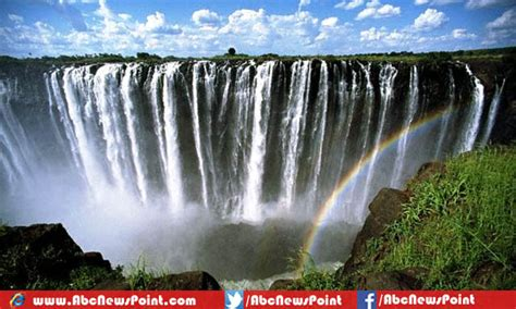 top 10 most beautiful places to visit in the world by