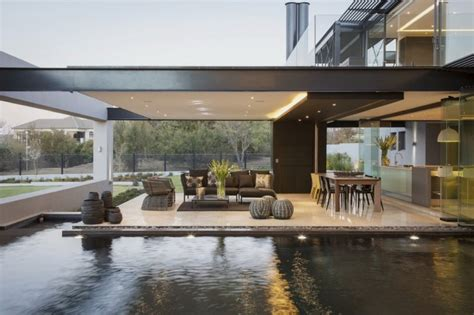 living architects contemporary architecture featuring glass walls and