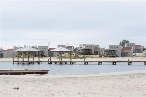 bootje huren julianadorp strandvilla s punt west strandhuisje huren ouddorp aan zee