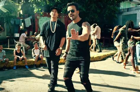 despacito youtube record despacito sets new record becomes first clip to hit 4