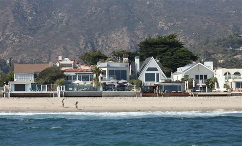 malibu beach house malibu california houses memes