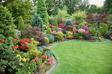 Lawn Garden Tantalizing Images For Gt Flower Beds Ideas Best Flower Garden