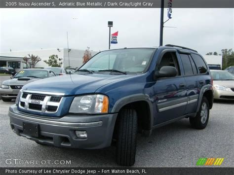 vehicle repair manual 2005 isuzu ascender interior lighting adriatic blue metallic 2005 isuzu ascender s dark gray light gray interior gtcarlot com