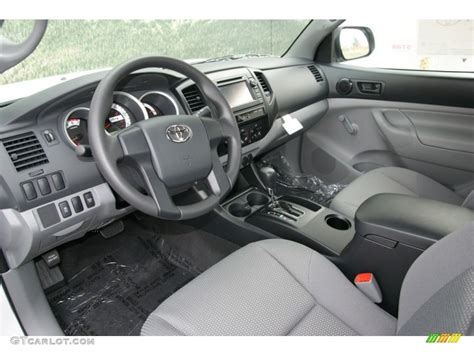 Toyota Tacoma 2013 Interior by Graphite Interior 2013 Toyota Tacoma Regular Cab 4x4 Photo 73068083 Gtcarlot