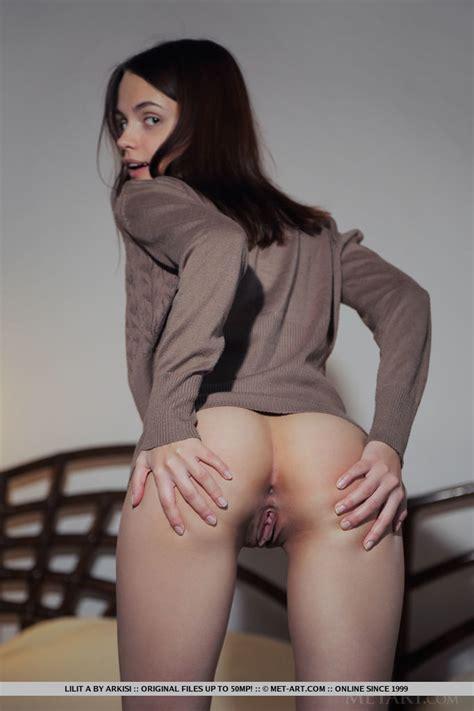 Lilit A Nude In Erotic Semilla Gallery Metart Com
