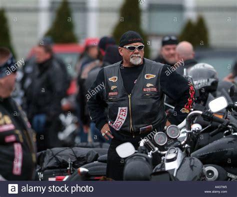 Motorrad Club Stuttgart by Hells Angels Beerdigung Motorrad Club Mitglieder Bei