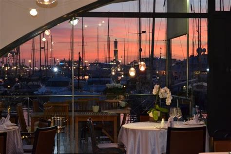 ristorante genova porto antico insalata di frutta foto di ristorante da toto al porto