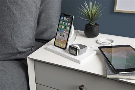 belkin unveils boostup wireless charging dock  iphone apple