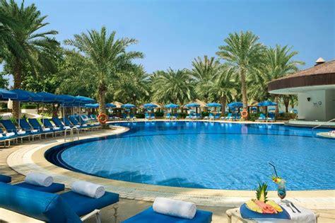 Backyard Pools Dubai 23 Amazing Swimming Pools Of Dubai Pixelmari