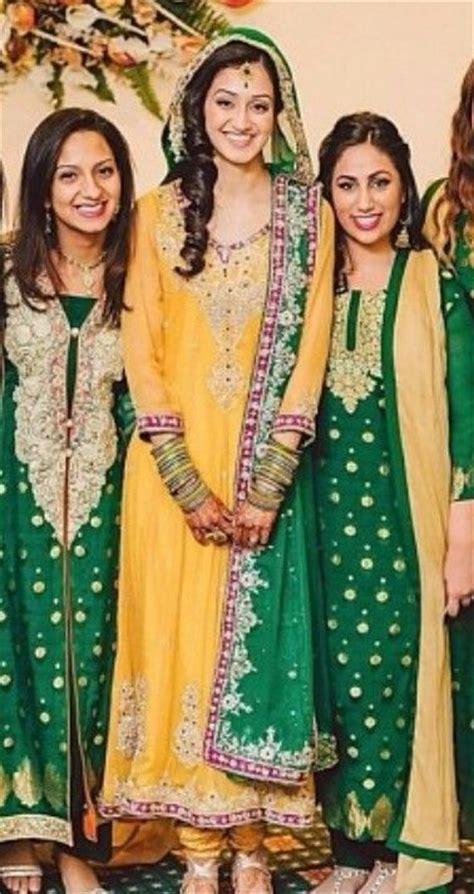 colour themes for mehndi best 25 mehndi clothes ideas on pinterest mehndi decor