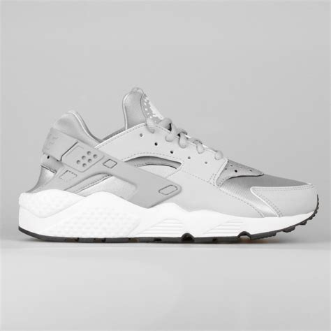 Nike Run Grey White deals nike s air huarache run metallic silver wolf grey white black shoe uk