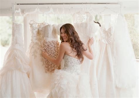 Wedding Dress Shopping: Top Tips From The Fitting Room