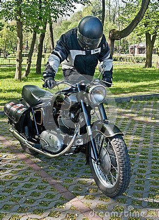 Alte Polnische Motorräder by Polnisches Weinlese Junak Motorrad Redaktionelles Foto
