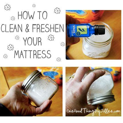 How To Clean Mattress With Baking Soda by How To Clean A Mattress Quickly And Easily Sodas