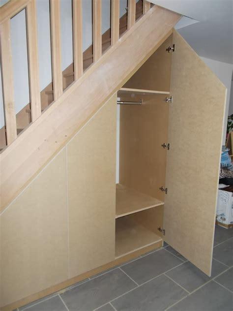 Armoire Sous Escalier by Armoire Sous Escalier Meuble Chaussure Sous Escalier Avec