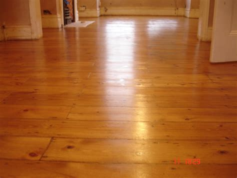 wood floor expert varnishing wood flooring london