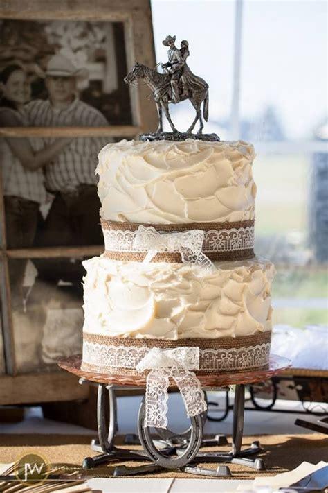 country wedding cake photoprahpy  josh willerton