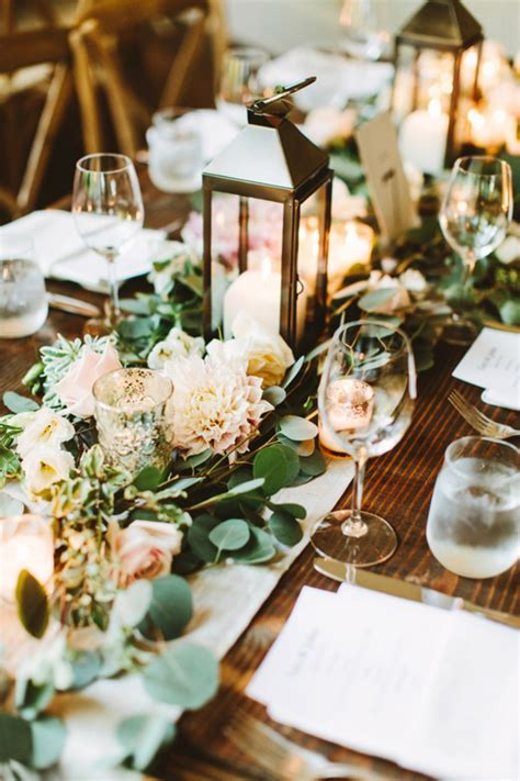 stunning round table setting stunning summer table setting ideas