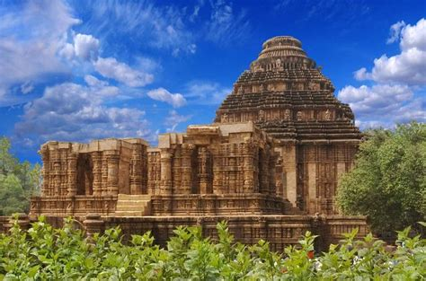 Konark Sun Temple Essay In by Top 5 Must Visit Temples In South India