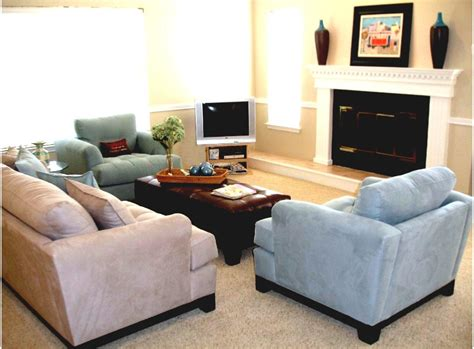 Small Living Room With Tv In Corner Black Fireplace With White Mantel And Shelf Combined With