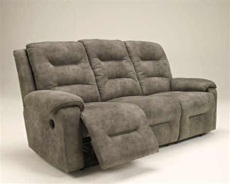 Furniture Stores Sterling Il by 9750188 Signature Design By 174 Rotation Reclining