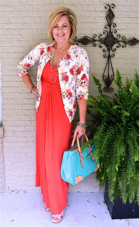 clothing trends for women over 55 25 best ideas about over 60 fashion on pinterest fall