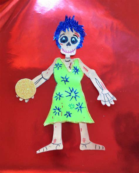 decorar una calavera de papel diy decora esqueleto papel alegr 237 a intensamente halloween