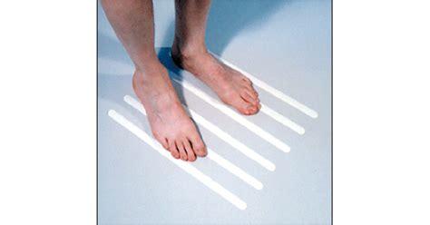 no slip strips for bathtub no slip bath tub strips 6 pkg