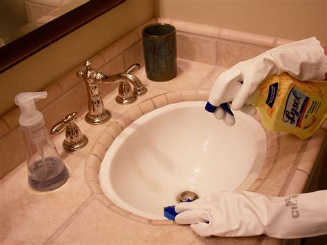 how to use plumbers putty on a bathroom sink drain bathroom sink drain pipe bathroom sink drain with how to