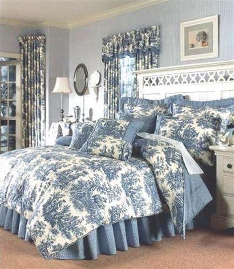toile bedroom ideas best 25 blue white bedrooms ideas on pinterest navy