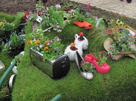 inspiring  creative flower  vegetable planters