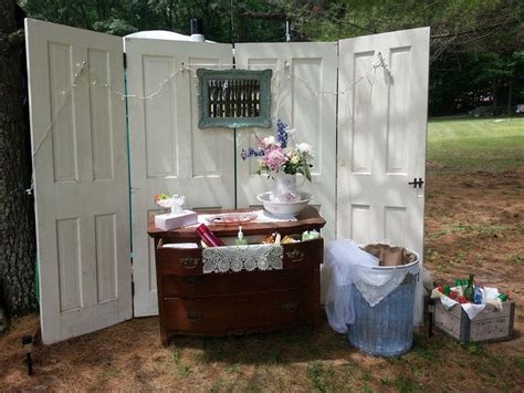 bathrooms for outdoor weddings 1000 images about wedding porta potty on pinterest a