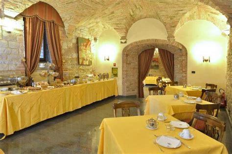 hotel con camino in a todi hotel 4 stelle con suite romantiche con caminetto