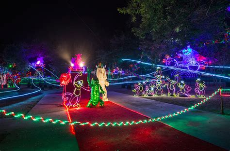Los Angeles Zoo Discount Tickets La Zoo Lights 9 Any Tots Los Angeles Zoo Discount Tickets 7 50 Family Jam