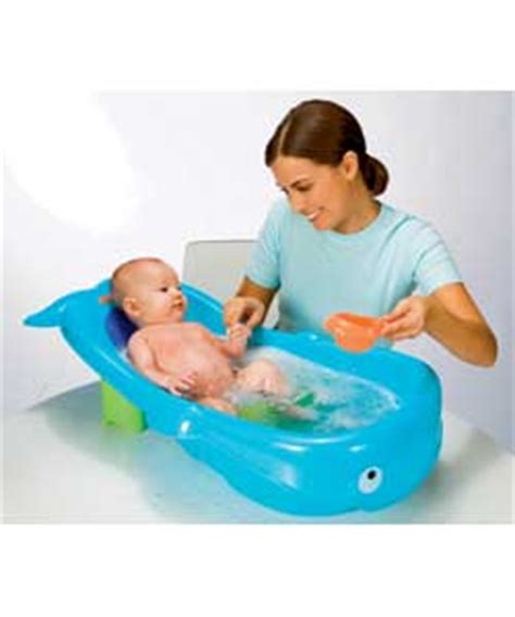 fisher price whale bathtub fisher price whale of a tub review compare prices buy
