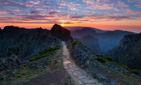 hike themes hd wallpapers nature landscape mountain sunset hiking path clouds