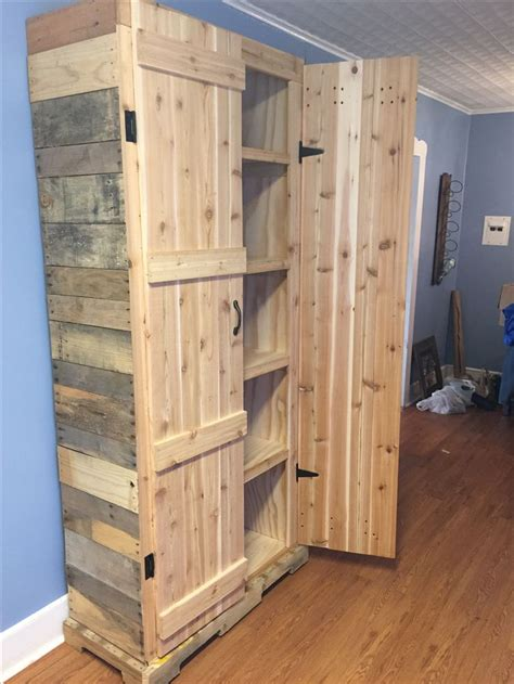 woodworking cabinets pallet pantry pallet projects pantry