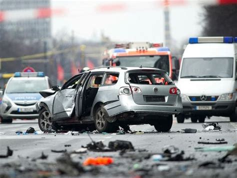 man killed  car bomb blast  berlin