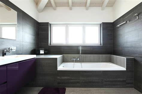will a bathroom remodel help sell your house