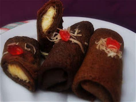 Kue Dadar Gulung Vla Coklat dadar gulung coklat