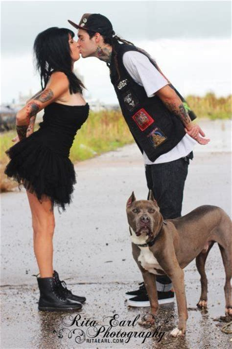 villalobos dogs tania perry bluie engaged pit bulls and parolees villalobos rescue center pitbull