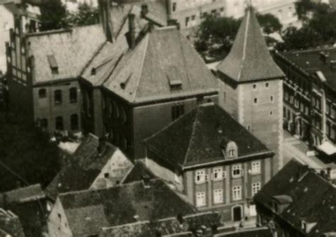 Das Habsburger Haus Am Pulverturm