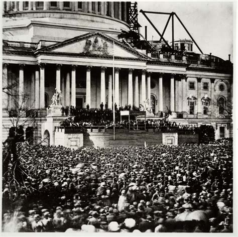 all the presidents tables abraham lincoln s inaugural mr lincoln the declaration of independence and stopping